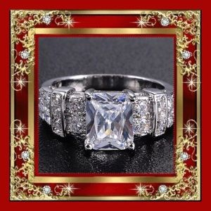 2X HP 🎉 4 Ct White Sapphire Ring 10kt Gold…